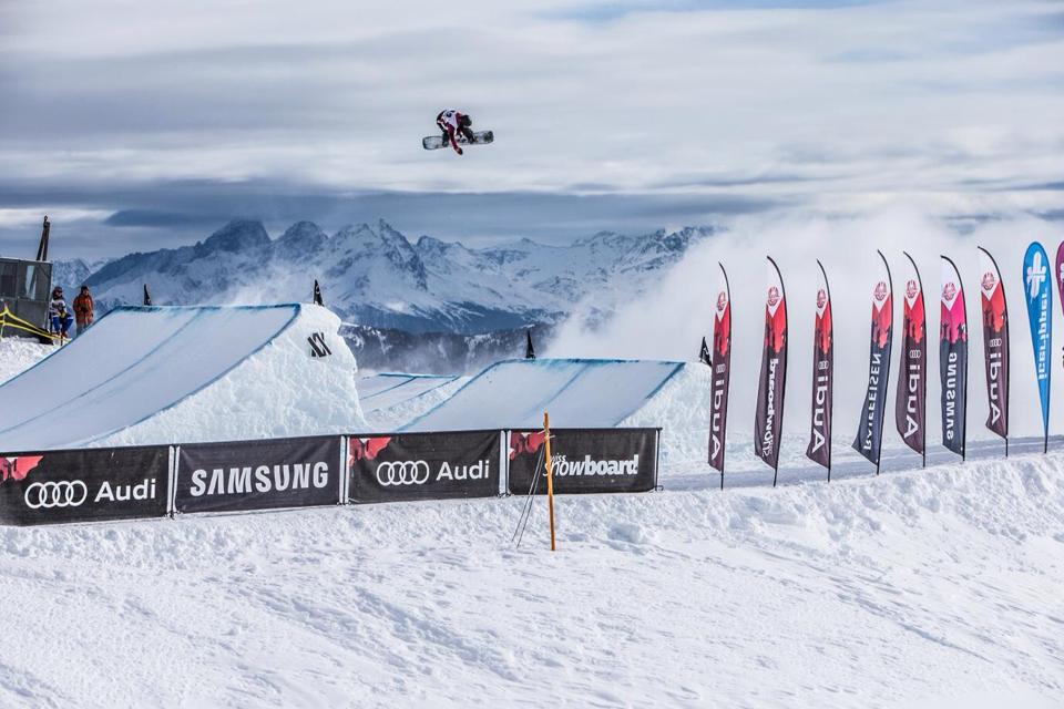 Niek van der Velden op World Rookie Big Air